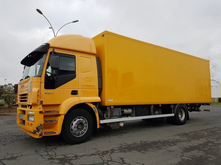 Camion fourgon IVECO Stralis AT 350 - Manual